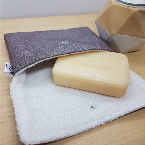 Pochette de transport pour savon